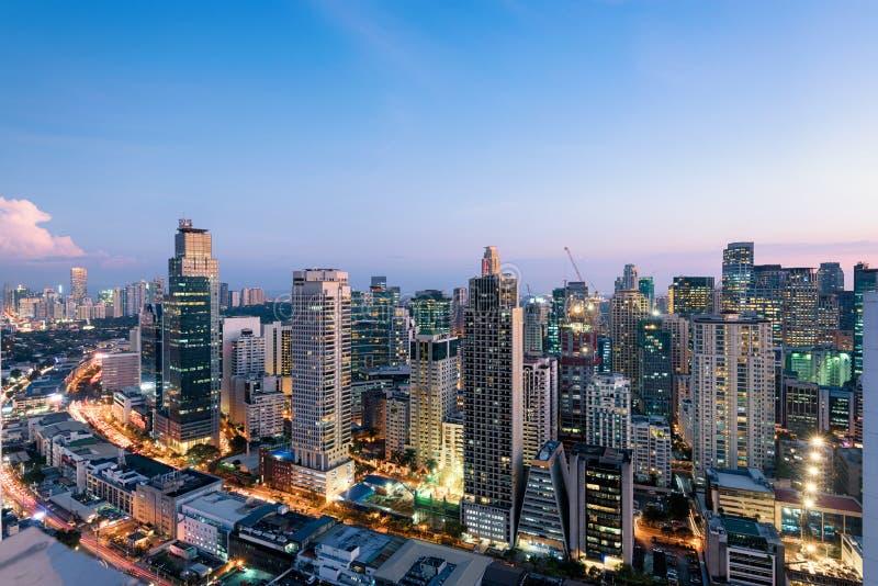 Skyline de Makati em Manila fotos de stock