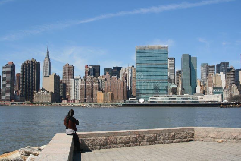 Skyline de Manhattan do Midtown foto de stock royalty free