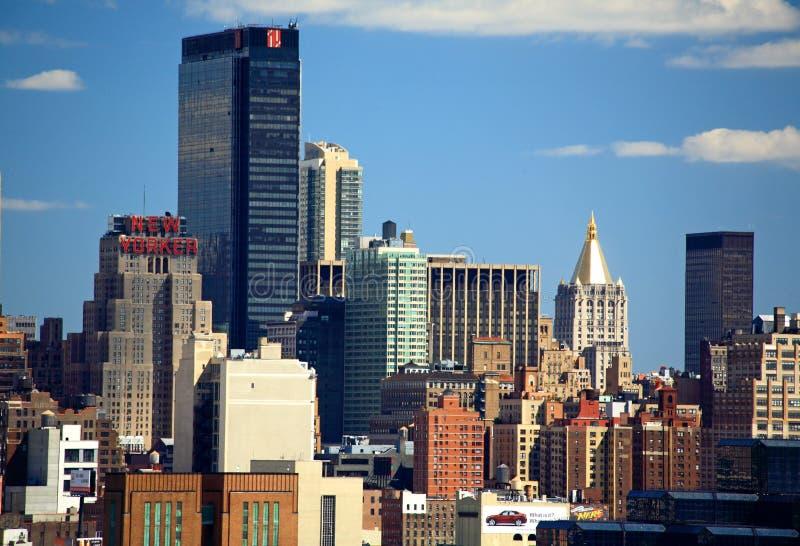 A skyline de Manhattan do Midtown foto de stock royalty free