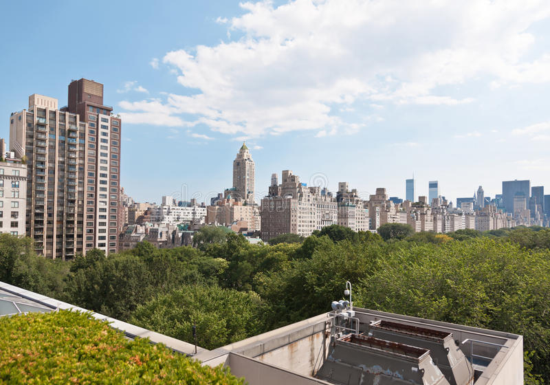 Skyline de Manhattan e o Central Park fotografia de stock