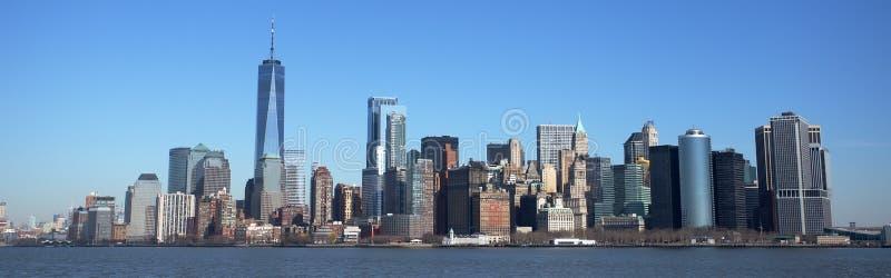 Skyline de Manhattan e um centro do comércio mundial imagem de stock