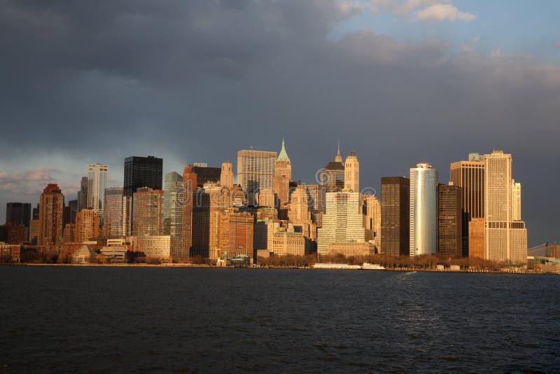 Skyline de Manhattan no por do sol foto de stock royalty free