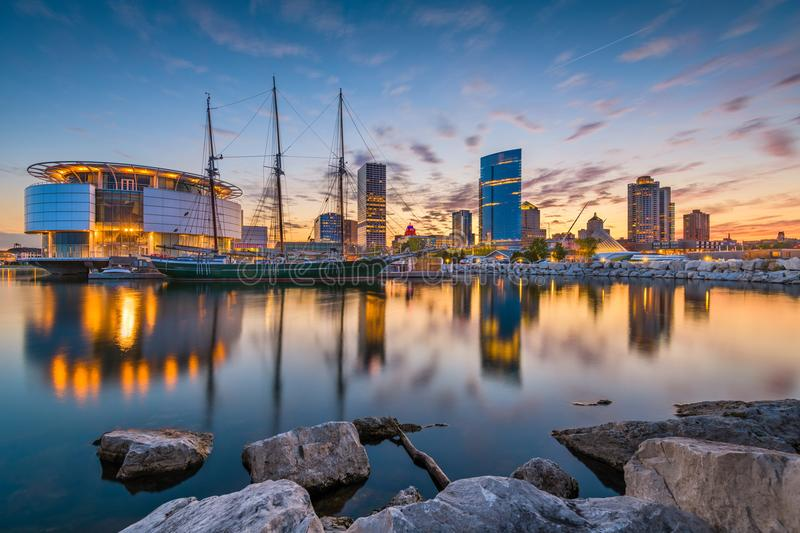 Skyline de Milwaukee, Wisconsin, EUA imagem de stock royalty free