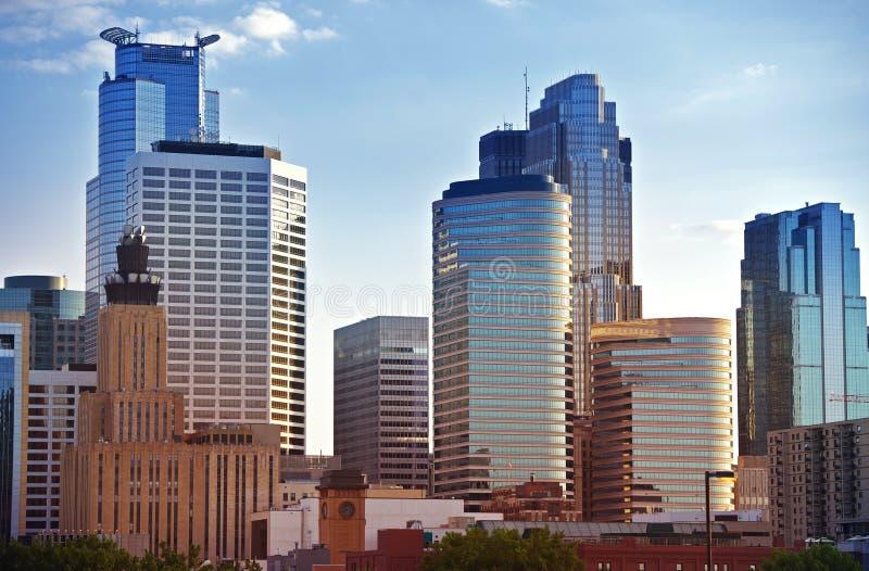 Skyline de Minneapolis fotos de stock royalty free