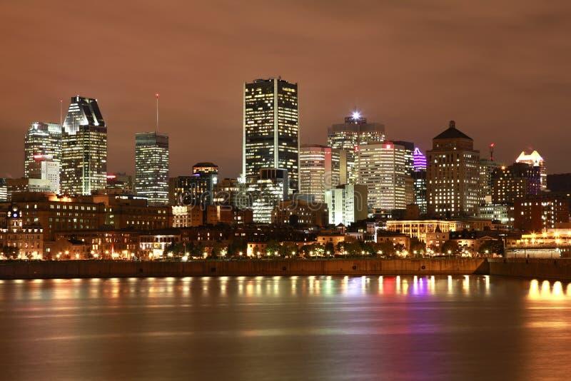 Skyline de Montreal na noite fotografia de stock