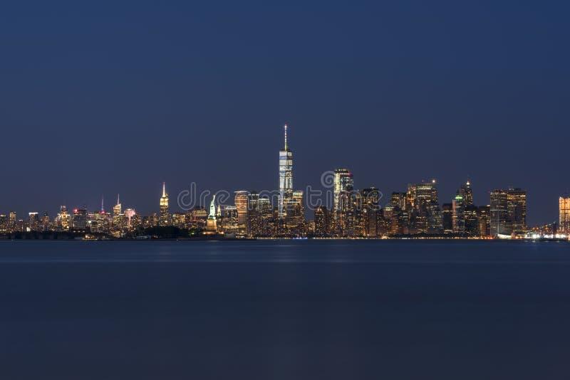 Skyline de New York City de Bayonne New-jersey imagem de stock royalty free
