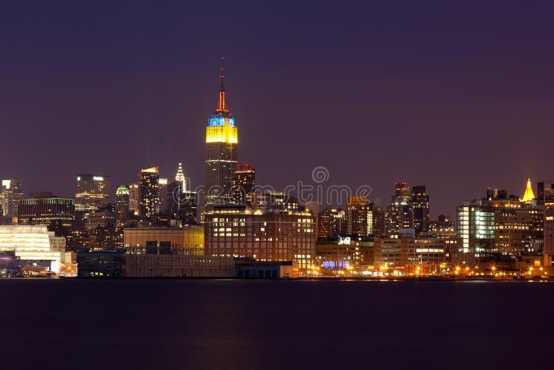 Skyline de New York - de Manhattan em a noite imagem de stock royalty free