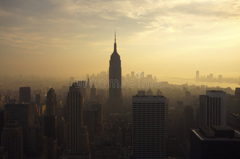 Skyline de New York no crepúsculo imagem de stock