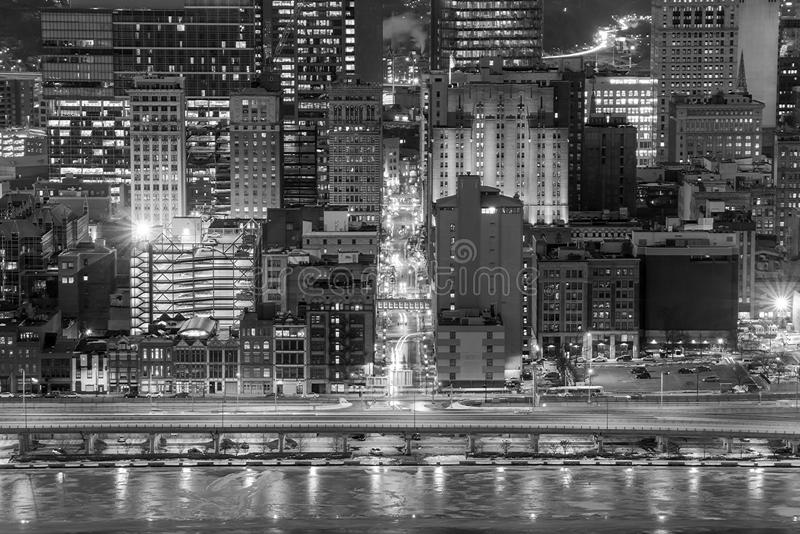 Skyline de Pittsburgh do centro fotografia de stock
