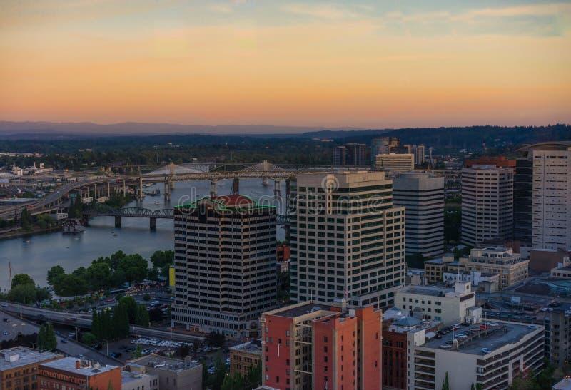 Skyline de Portland Oregon fotos de stock