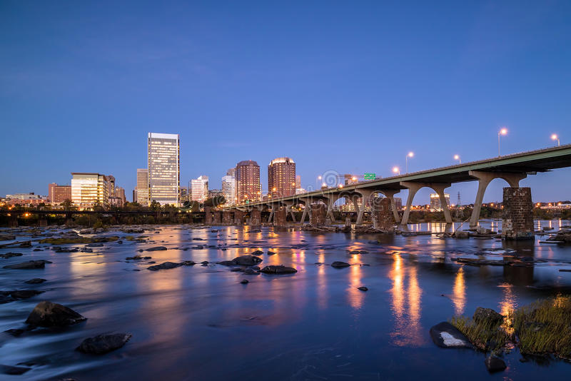 Skyline de Richmond do centro, Virgínia foto de stock royalty free