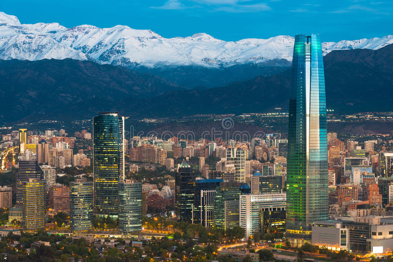 Skyline de Santiago do Chile imagem de stock