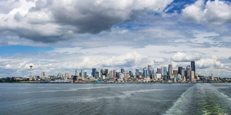 Skyline de Seattle, WA, EUA foto de stock royalty free