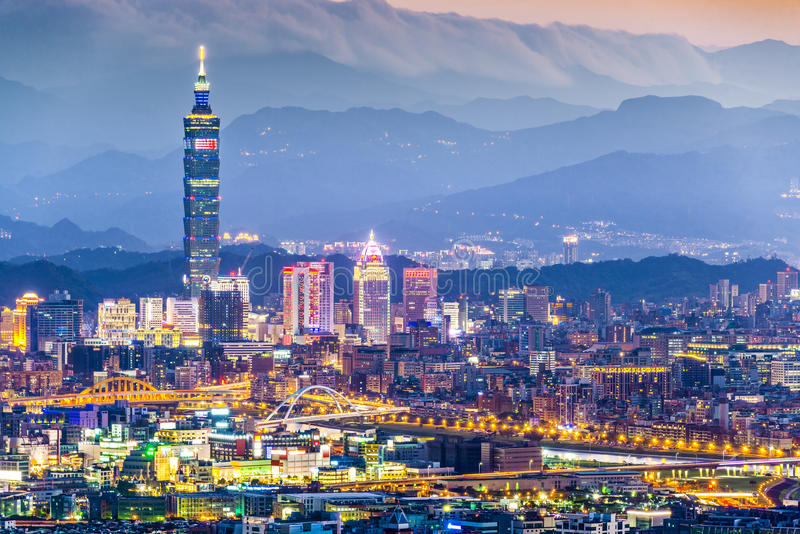 Skyline de Taipei foto de stock
