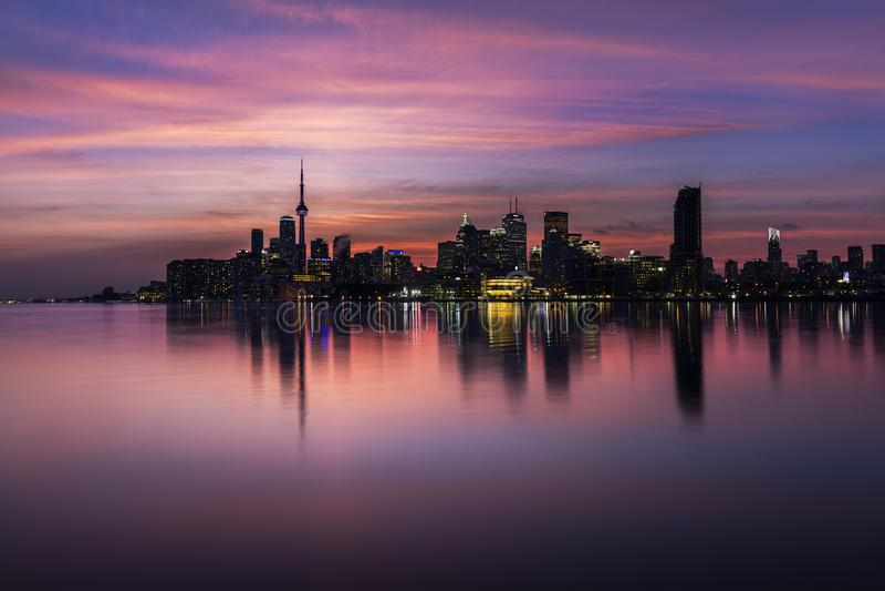 Skyline de Toronto no por do sol imagem de stock royalty free