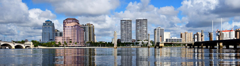 Skyline de West Palm Beach foto de stock