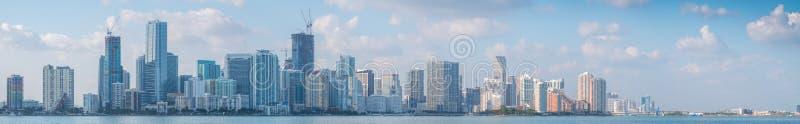 Skyline der Stadt von Miami lizenzfreies stockbild