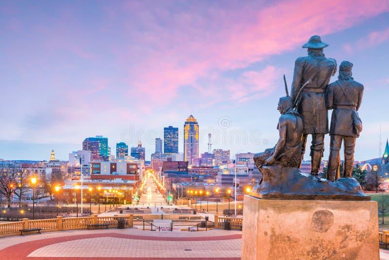 Skyline Des Moines Iowa in USA lizenzfreies stockfoto