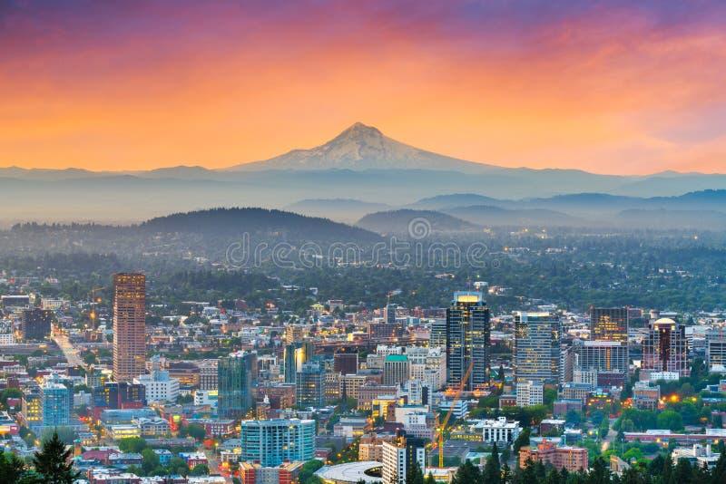 Skyline do centro da cidade de Portland, Oregon, EUA foto de stock royalty free