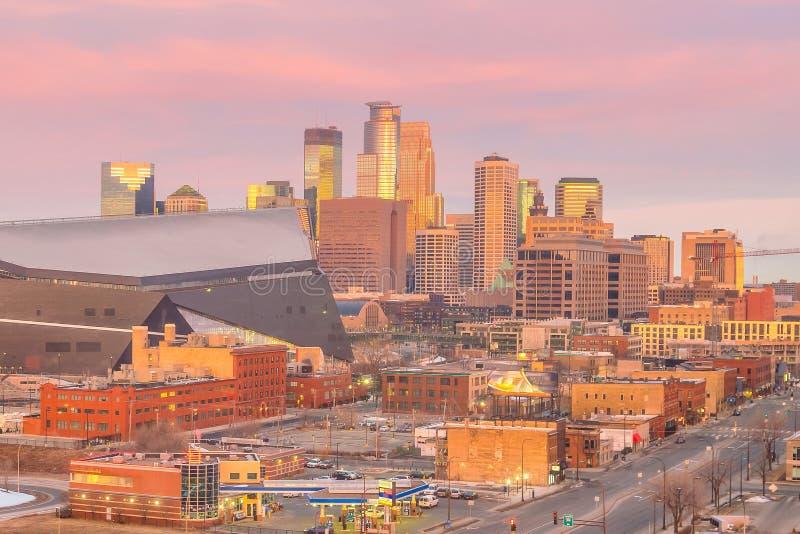 Skyline do centro de Minneapolis em Minnesota, EUA imagem de stock royalty free