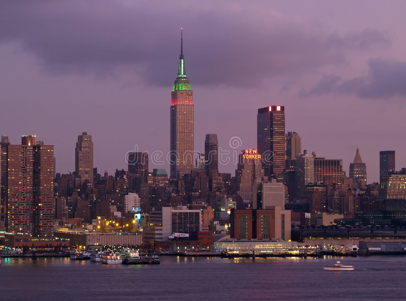 Skyline do Midtown de Manhattan imagem de stock
