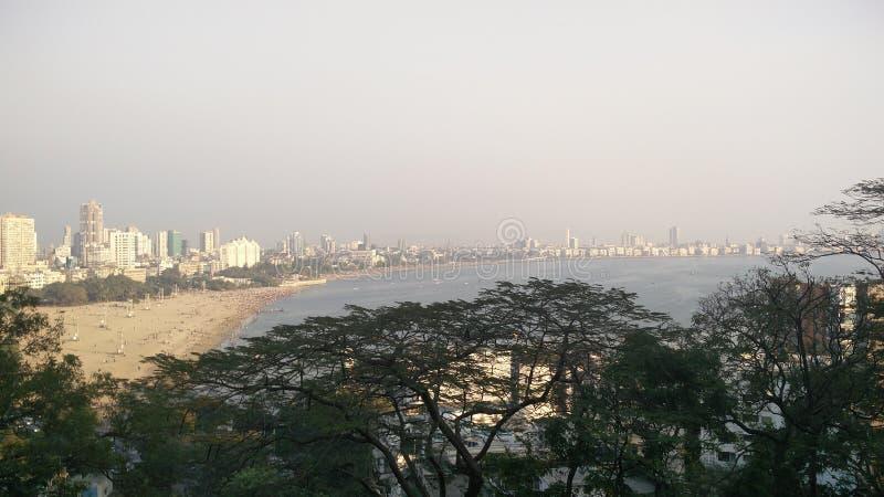 Skyline do verde de Mumbai foto de stock