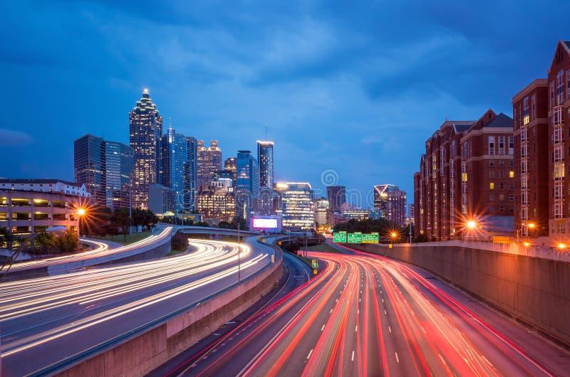 Skyline im Stadtzentrum gelegenen Atlantas, Georgia, USA lizenzfreie stockfotografie