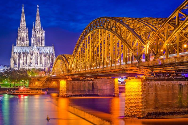 Skyline Kölns, Deutschland lizenzfreies stockfoto