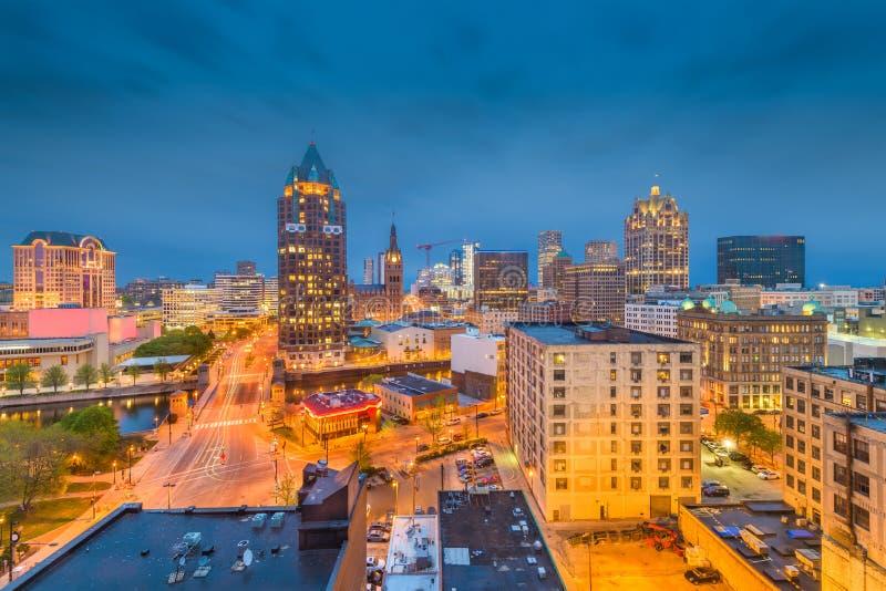 Skyline Milwaukee, Wisconsin lizenzfreies stockbild