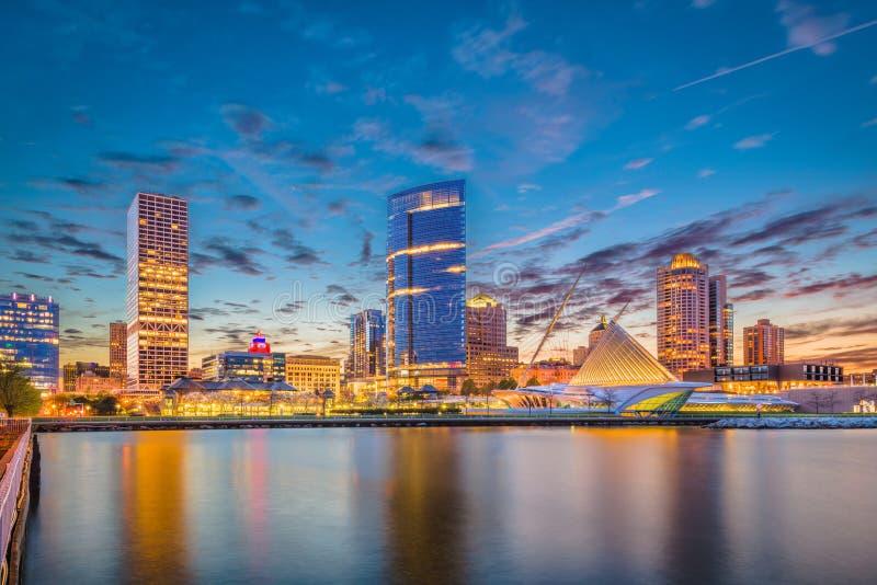 Skyline Milwaukee, Wisconsin, USA lizenzfreie stockfotografie
