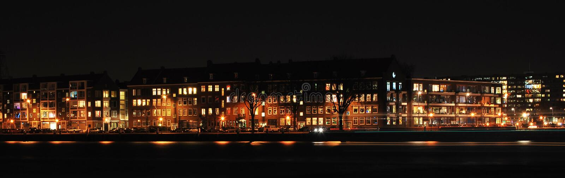 Skyline Rotterdam em a noite imagem de stock royalty free