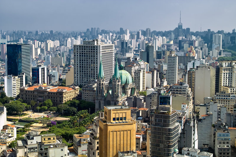 Skyline San-Paolo, Brasilien lizenzfreies stockbild