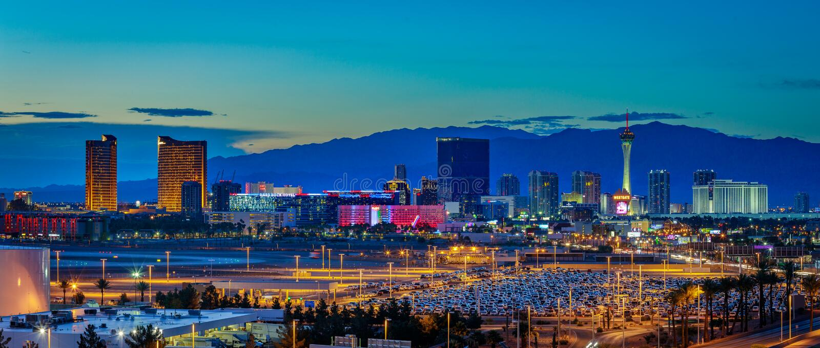 Skyline view at sunset of the famous Las Vegas Strip located in world class hotels and casinos, NV. Las Vegas, Nevada - May 28, 2018 : Skyline view at sunset of stock photography