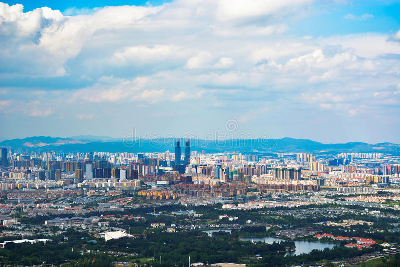 Skyline von Kunming stockfotos