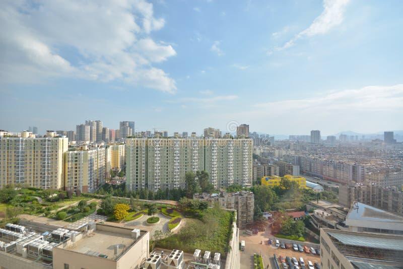 Skyline von Kunming lizenzfreie stockfotos