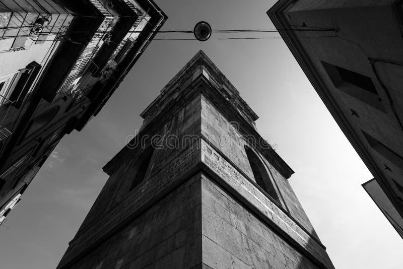 Skyline von Neapel, Italien in Schwarzweiss lizenzfreie stockfotos