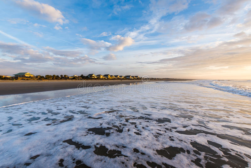 Skyline von Strand-Häusern bei Ise des Palmen-Strandes, in Charleston Sout lizenzfreies stockfoto
