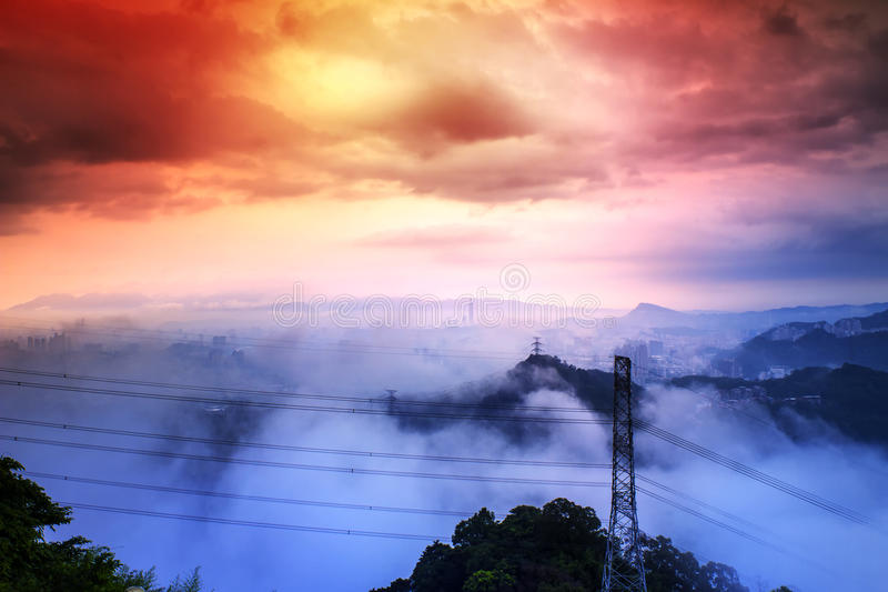 Skyline von Xinyi-Bezirk in im Stadtzentrum gelegenem Taipeh, Taiwan lizenzfreies stockbild