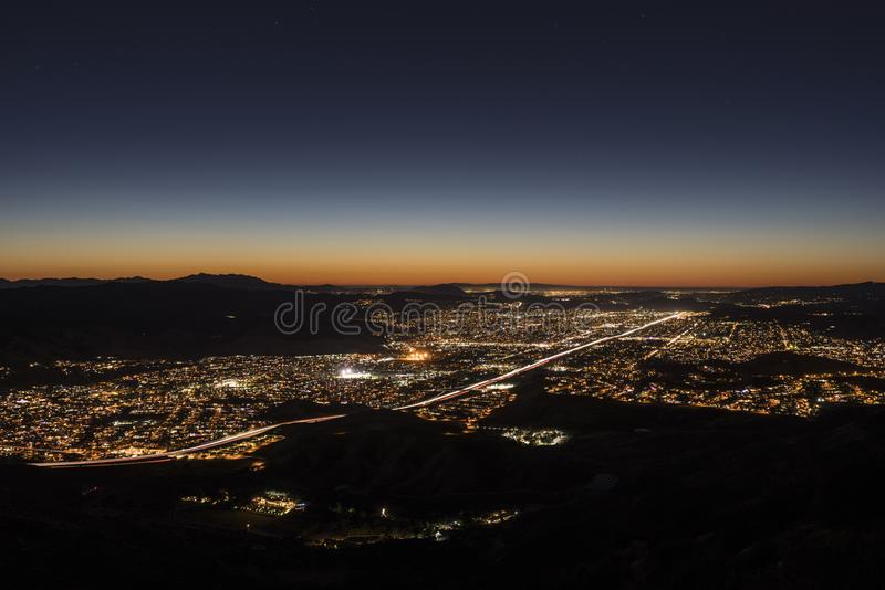 Skymninghimmel Simi Valley California royaltyfri bild
