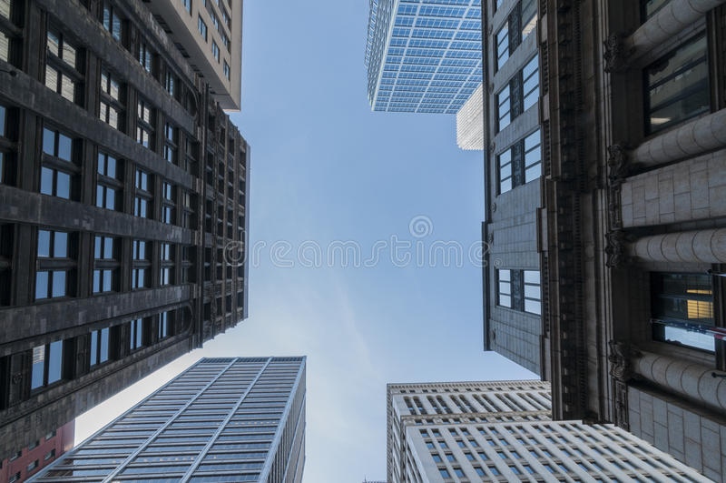 Skyscraper. Towering skyscraper over downton Chicago royalty free stock photos