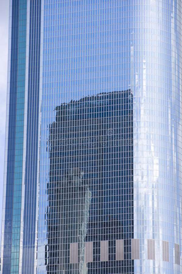 Skyscraper And Reflections Royalty Free Stock Photo