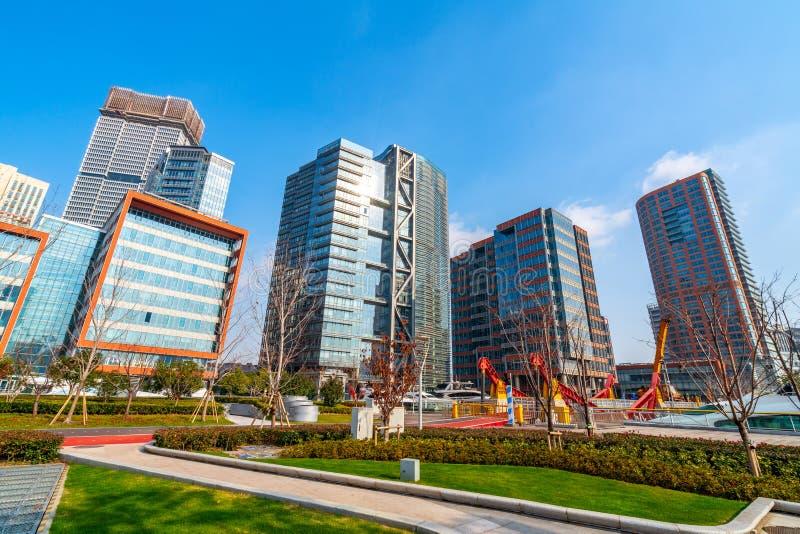 Skyskrapa i Shanghai, Kina royaltyfria bilder