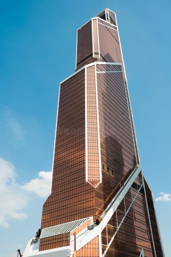 Skyskrapa Mercury City Tower - det är den mest högväxta skyskrapan i Moskva, Ryssland. arkivbilder