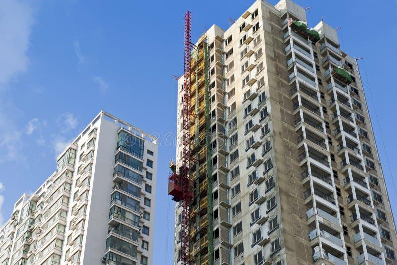 Skyskrapa under konstruktion royaltyfria foton