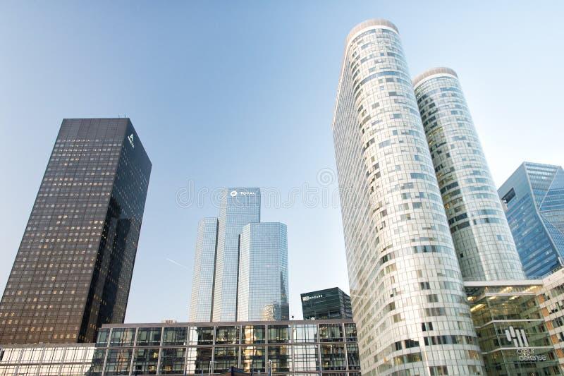 Skyskrapabyggnader i laförsvar, paris royaltyfria foton