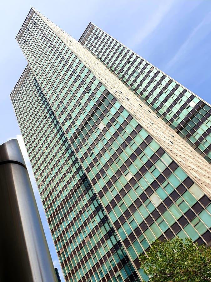 Skyskrapor i hj?rtan av staden royaltyfria foton