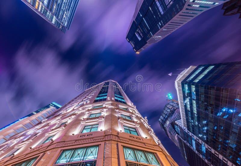 Skysrapers w Singapur podczas obraz stock