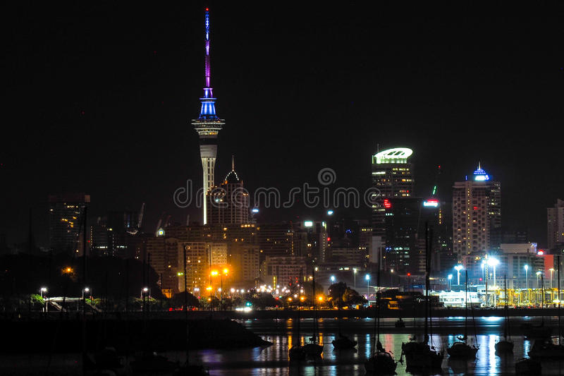 Skytower Auckland images stock