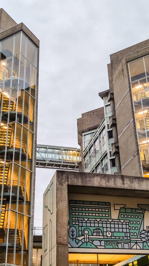 Skywalk/Überführung in Voorburg, Den Haag Den Haag, die Niederlande stockfoto
