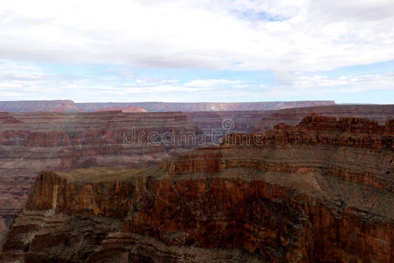 Skywalk chez Grand Canyon, chez Eagle Point en Arizona, les Etats-Unis photographie stock